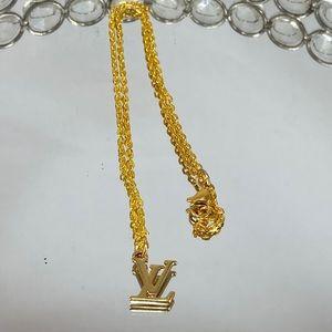 LOUIS VUITTON LV Logo Charm Necklace
